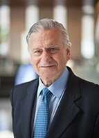 Valentin Fuster, MD, PhD, MACC   (USA)